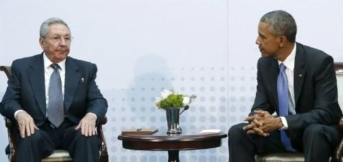 Sostienen presidentes estadounidense y cubano reunión histórica - ảnh 1