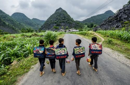 Niños de minorías étnicas a través del lente fotográfico - ảnh 1