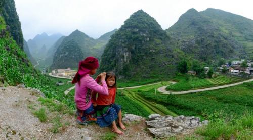Niños de minorías étnicas a través del lente fotográfico - ảnh 7