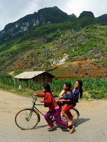 Niños de minorías étnicas a través del lente fotográfico - ảnh 8