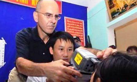 Vínculos Vietnam-Estados Unidos reforzados en cooperación educativa, sanitaria y humanitaria - ảnh 1