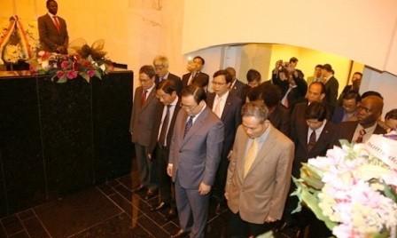 Vice primer ministro vietnamita concluye su visita oficial a Angola - ảnh 1