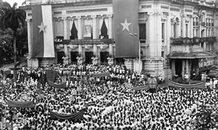 Revolución de Agosto, victoria del bloque de la gran unidad nacional - ảnh 2