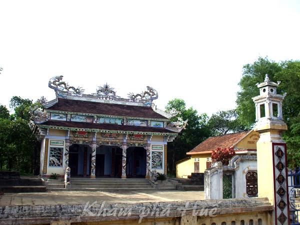 Valle antiguo que conserva hermosos rasgos de Hue - ảnh 3