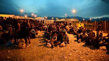 Parlamento Europeo aprueba recursos adicionales para resolver la crisis migratoria - ảnh 1