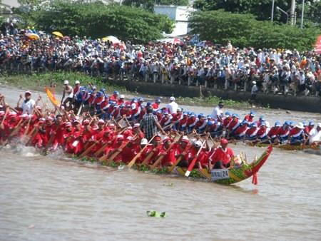 Original regata de los jemeres en la provincia vietnamita de Soc Trang - ảnh 1