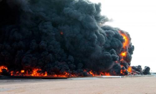 Estado Islámico reivindica ataque con camión bomba en Libia - ảnh 1
