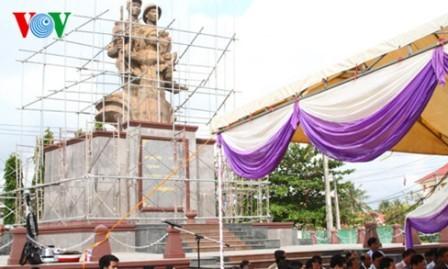 Restauran memoriales de Soldados Voluntarios vietnamitas en Camboya - ảnh 1