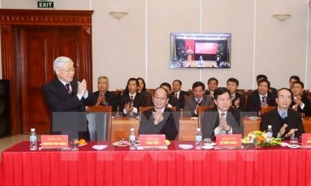 Máximo líder partidista exhorta al reforzamiento de Oficina del Comité Central del PCV - ảnh 1