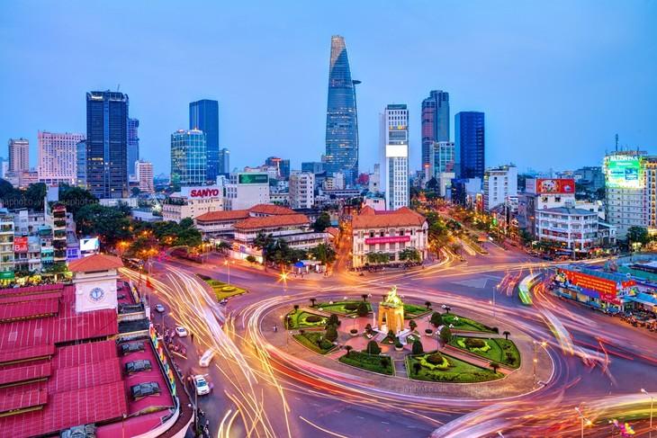 Vietnam continúa empresa de renovación integral y sincrónica   - ảnh 1