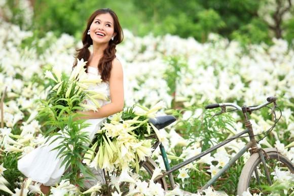Azucena blanca, la reina de las flores de Hanoi en abril - ảnh 9