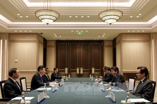 Japón y China negocian sobre cuestiones marítimas  - ảnh 1