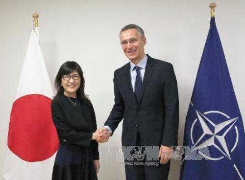 Ministra de Defensa japonesa visita la sede de la OTAN - ảnh 1