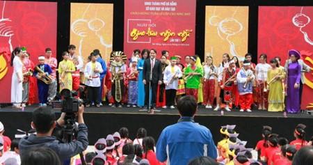 Concluye primer Festival de Intercambio Lingüístico en Da Nang - ảnh 1
