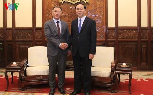 Grupo surcoreano Huyndai comprometido en invertir a largo tiempo en Vietnam - ảnh 1