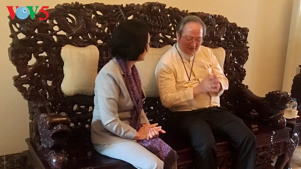 Promueven aportes de dignatarios religiosos a la construcción y desarrollo de Vietnam - ảnh 1