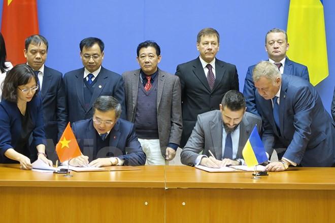 Vietnam y Ucrania afianzan la cooperación multisectorial  - ảnh 1