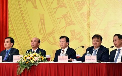 Exigen a grupo de Carbón y Minerales de Vietnam seguridad laboral y protección ambiental  - ảnh 1