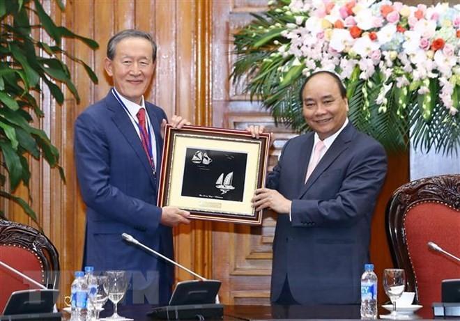 Premier vietnamita recibe al presidente de la Federación Industrial de Corea del Sur - ảnh 1