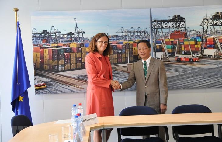 Vietnam y la Unión Europea firmarán tratado de libre comercio en unos días - ảnh 1