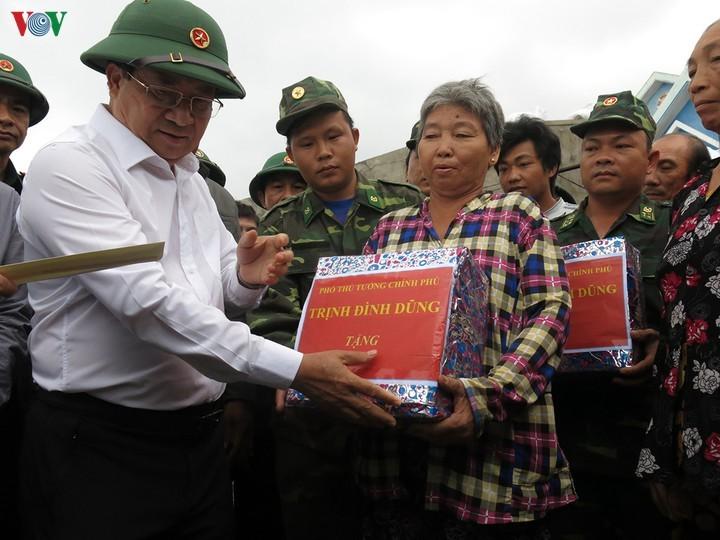 Revisan preparativos para prevenir el huracán Nakri en centro de Vietnam - ảnh 1
