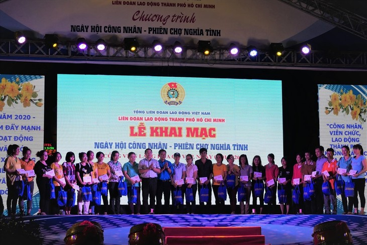 Organizan diversas actividades en apoyo a los trabajadores necesitados en Vietnam - ảnh 1