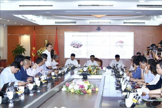Vietnam publica aplicaciones tecnológicas para prevenir y controlar el Covid-19 - ảnh 1