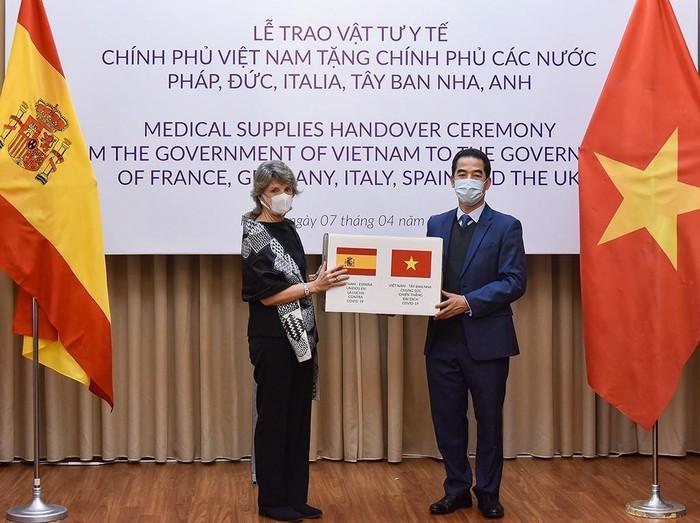 Vietnam llama a una mayor cooperación internacional en respuesta a la pandemia de Covid-19 - ảnh 1