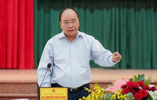 Jefe de Gobierno vietnamita revisa el despliegue de importante proyecto en Dong Nai - ảnh 1