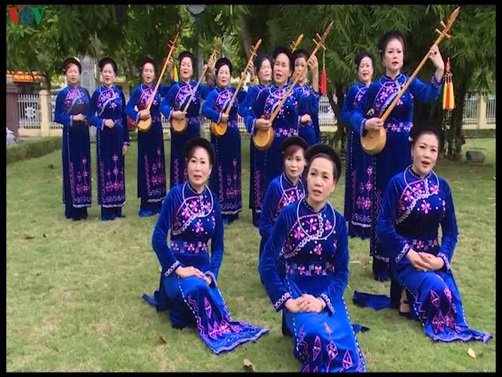 Un club activo en la preservación del arte tradicional en Cao Bang - ảnh 2