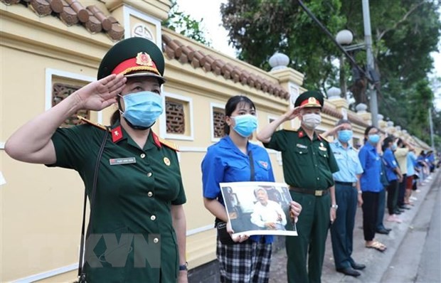 Continúan transmitiendo mensajes de pesar por el deceso del exsecretario general del PCV  - ảnh 1
