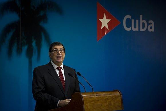 Bloqueo de Estados Unidos provoca pérdidas de casi 6 mil millones de dólares a Cuba en el último año - ảnh 1