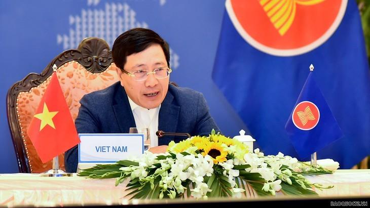 Vietnam en sesión a puerta cerrada de los ministros de Relaciones Exteriores de la Asean - ảnh 1