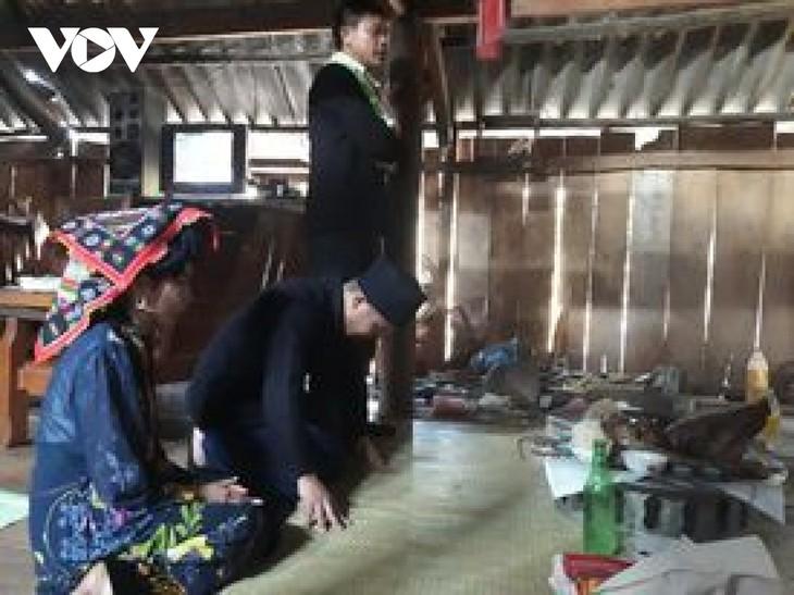 Convivir con los suegros después del matrimonio, la particular práctica de los yernos Thai - ảnh 1
