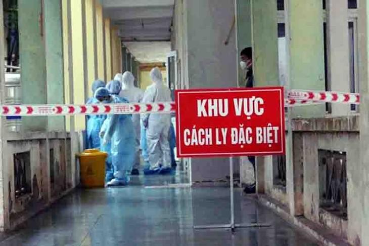 Vietnam estrecha las medidas preventivas frente al aumento de casos del covid-19 en la comunidad - ảnh 1