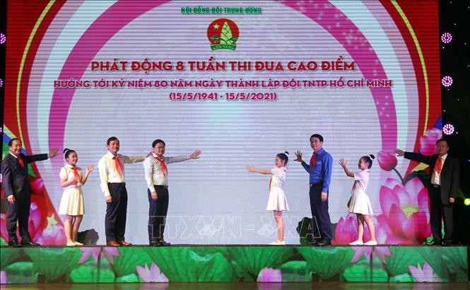 Celebran el 80 aniversario de la fundación de la Organización de Pioneros Ho Chi Minh - ảnh 1