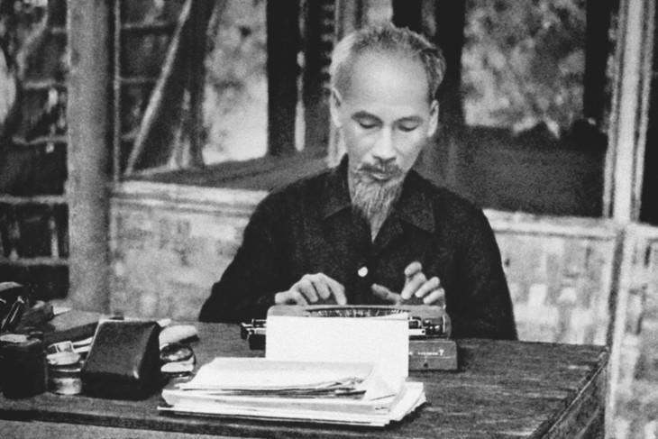 El ideario, la moral y el estilo de vida de Ho Chi Minh - un legado espiritual inapreciable   - ảnh 1