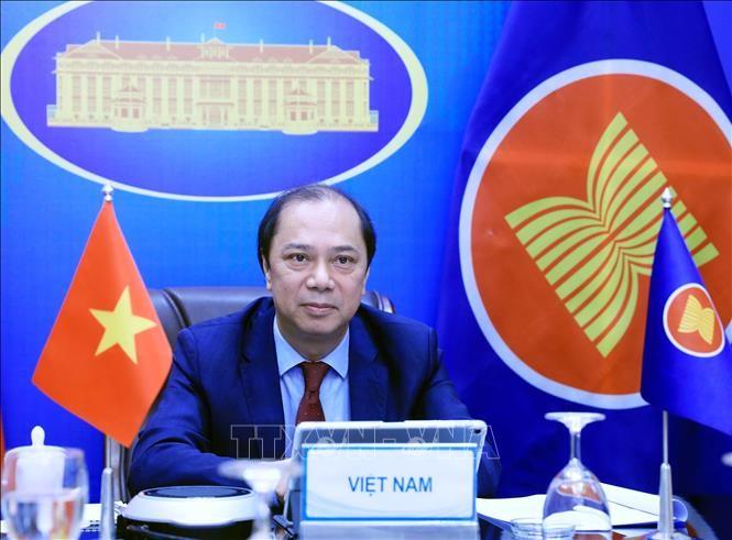 Celebran importantes conferencias de la ASEAN - ảnh 1
