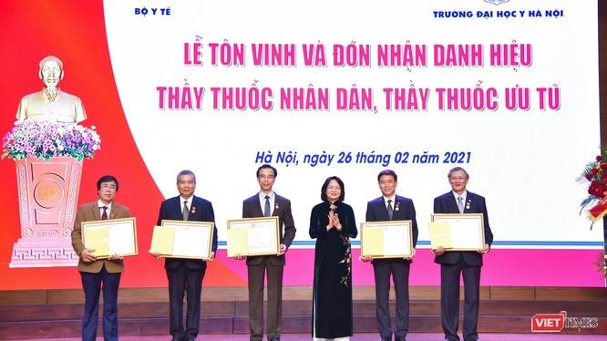 Célébration de la Journée des médecins vietnamiens - ảnh 1