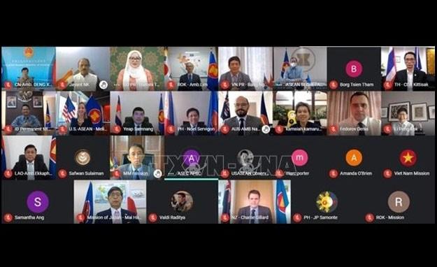 Le Vietnam à la réunion des ambassadeurs du Sommet de l'Asie de l'Est - ảnh 1