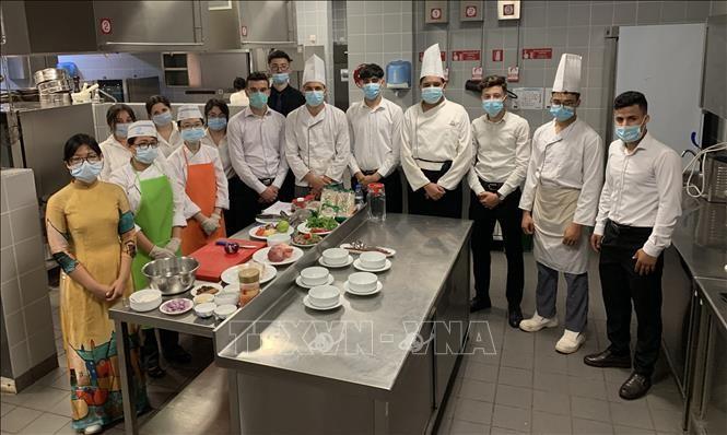 Promotion de la gastronomie vietnamienne en Algérie - ảnh 1