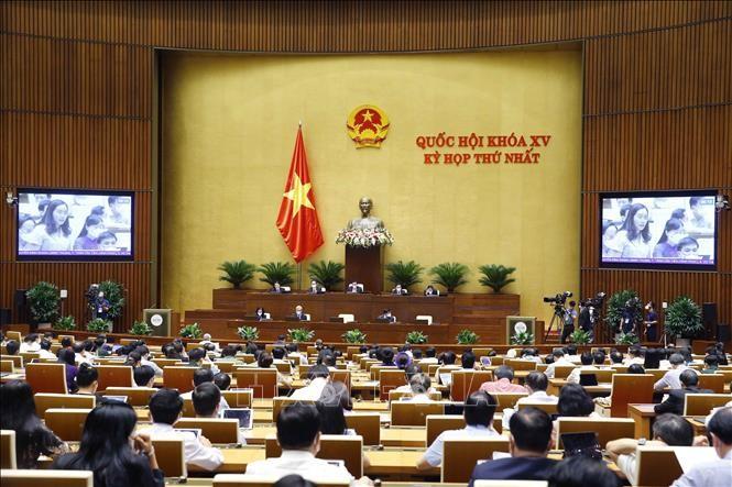 L'Assemblée nationale adopte le plan de développement socioéconomique 2021-2026 - ảnh 1