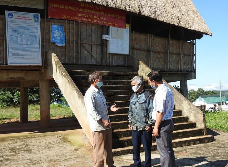A Bo, le patriarche du village de Tua Tem  - ảnh 1