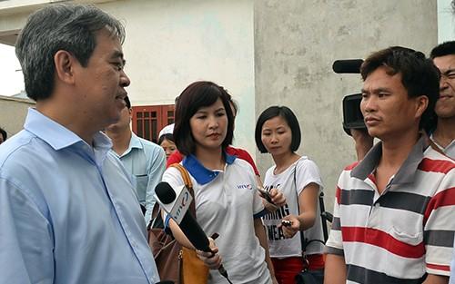 ธนาคารชาติเวียดนามจะสนับสนุนชาวประมงอย่างทันท่วงทีเพื่อออกทะเลทำประมง - ảnh 1
