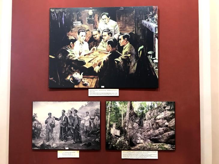อนุสรณ์สถานประธานโฮจิมินห์ในแขวงคำม่วน ประเทศลาว ร่องรอยเกี่ยวกับความสามัคคีเวียดนาม – ลาว - ảnh 9