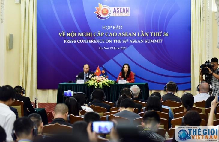 """เวียดนามเน้นถึงหัวข้อ """"ความเป็นหนึ่งเดียวและพร้อมปรับตัว"""" ในการประชุมผู้นำอาเซียนครั้งที่ 36  - ảnh 1"""