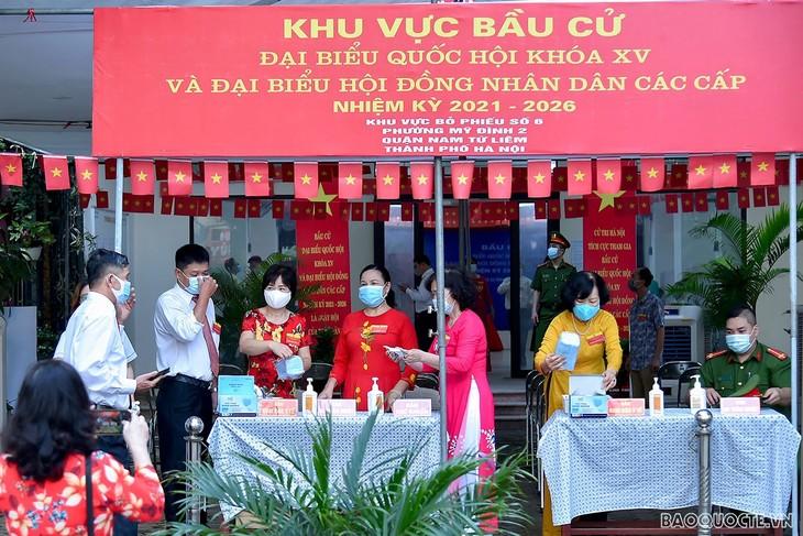 เพื่อนมิตรนานาชาติแสดงความเชื่อมั่นต่อเส้นทางการพัฒนาใหม่ของเวียดนาม - ảnh 1