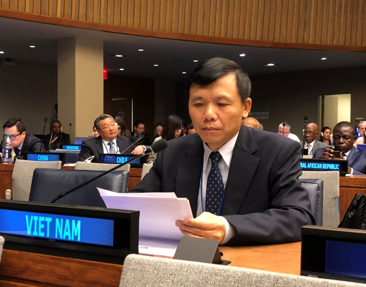 Vietnam calls for negotiations of comprehensive solution in Cyprus - ảnh 1