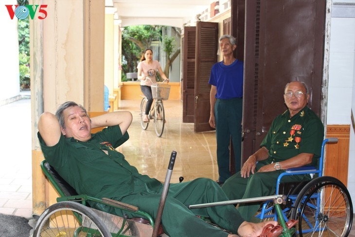 75/5000 Duy Tien War Invalids Nursing Center - A place to relieve the pain of war - ảnh 7
