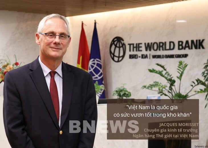 World Bank expert says Vietnam has good strength to overcome difficulties - ảnh 1
